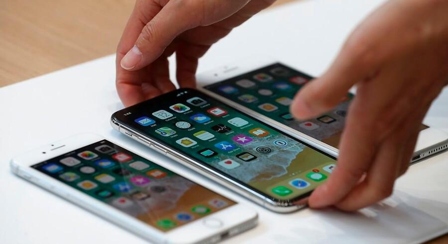 I Cupertino, Californien, viser Allpe de nye telefoner, iPhone 8, iPhone X og iPhone 8S.