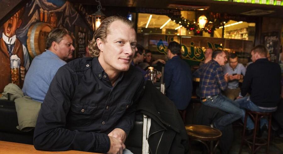 Adam Falbert er bar-konge i Danmark. Her er han bl. a. fotograferet på Heidi's Bier Bar i København. Tirsdag den 13. december 2016.