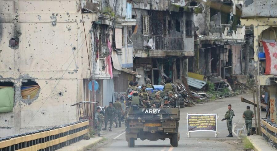 Det filipinske militær oplyser, at at Mahmud Ahmad sandsynligvis er blevet dræbt.