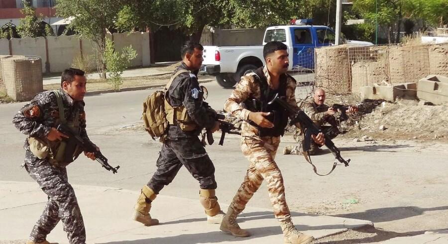 Arkivfoto: Islamisk Stat forsøger at slå igen i Irak under et angreb i oktober 2016.