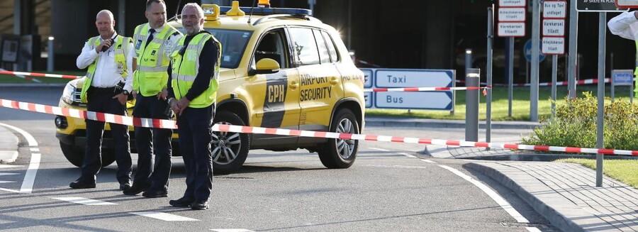 Københavns Lufthavn oplyser, at Terminal 2 er afspærret på grund af en undersøgelse af noget specialbagage, tirsdag den 12 september 2017.. (Foto: Martin Sylvest/Scanpix 2017)