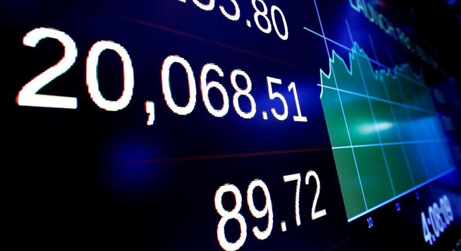 Arkivfoto: De europæiske aktier vender næsen ned torsdag, og de enkelte indekser i Europa ligger og svinger omkring uændret.Det brede europæiske aktieindeks Stoxx 600 falder 0,1 pct. torsdag middag til indeks 375,35.