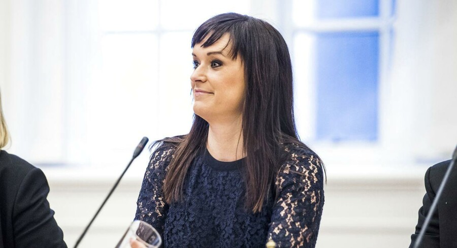 Minister for offentlig innovation Sophie Løhde (V) i samrådet om fridage for statsansatte onsdag d. 11 januar 2017.