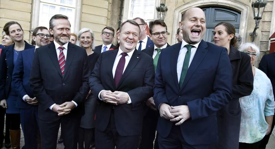 Denne uge dannede Liberal Alliance regering med Venstre og de Konservative. Prisen kan blive partiets knivskarpe liberale profil, mener formænd fra partiets storkredse.