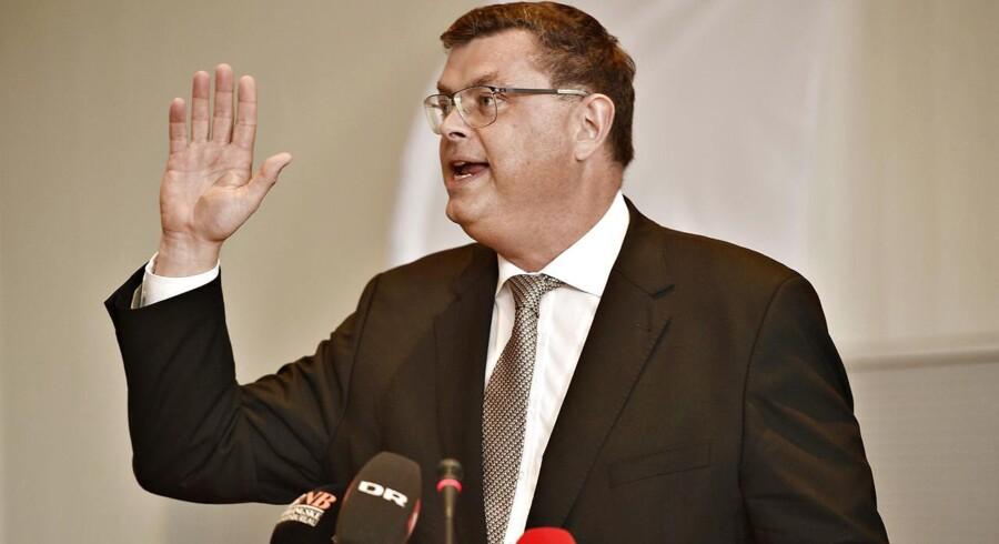 Socialdemokraten Mogens Jensen fra Herning vil stikke en kæp i hjulet for billethajer.