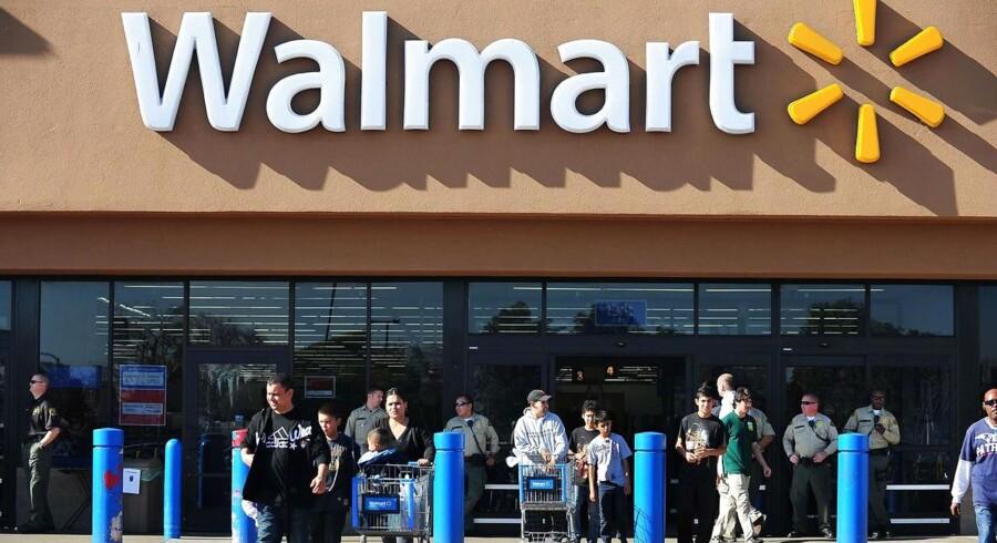 Arkivfoto: Den amerikanske detailgigant Wal-Mart kom ud af det sidste kvartal af 2016/17 med en indtjening per aktie på 1,30 dollar, hvilket er en smule over det ventede på 1,29 dollar ifølge Bloomberg News.