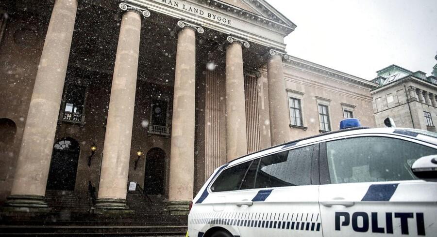 Retssagen mod Peter Madsen fortsætter i retssal 60 i Københavns Byret. Onsdag er det niende retsmøde i sagen.