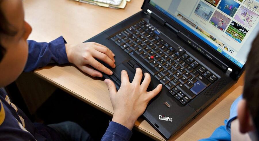 De danske skoleelever har bedst adgang til computere og internet blandt OECD-landene, viser en ny PISA-undersøgelse. Arkivfoto.