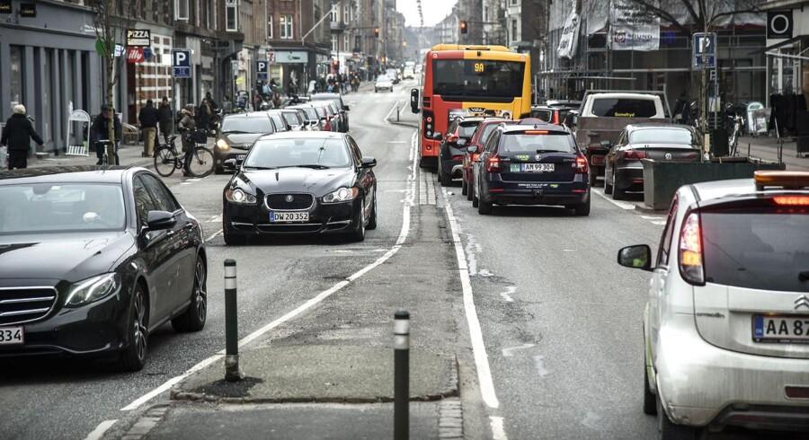 Fra 1. februar vil Gammel Kongevej på Frederiksberg blive ensrettet i en periode. Det betyder, at biltrafikken kun kan køre i retning mod Frederiksberg Rådhus.