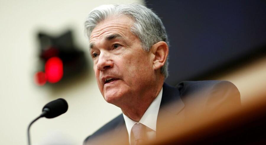 Centralbankchef Jerome Powell og de øvrige medlemmer af Federal Reserves rentekomité valgte onsdag at fastholde den ledende rente i USA REUTERS/Joshua Roberts/File Photo