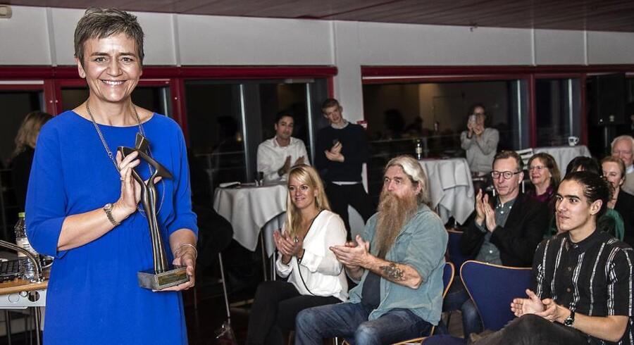 Årets dansker 2016: Margrethe Vestager. I baggrunden ses blandt andet et par af de andre nominerede.