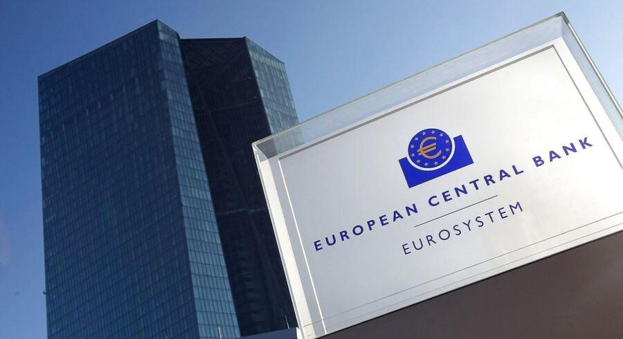 Arkivfoto. Der er udsigt til, at verdens to største centralbanker, amerikanske Federal Reserve og Den Europæiske Centralbank (ECB), vil agere fuldstændigt modsatrettet på de to bankers kommende pengepolitiske møder, og selv om det ved første øjekast kan virke mærkeligt, så giver det god mening.