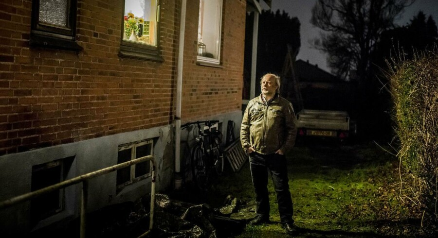 »Grundskylden er noget forbandet svineri,« mener Hans Iversen fra Rødovre: »Jeg opfatter det som en måde, hvor staten langsomt overtager vores ejendom på længere sigt.«