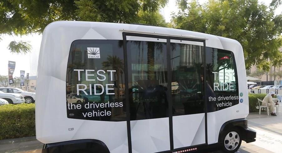 De førerløse busser er allerede på gaden i Washington D.C, Helsinki og Lyon. Nu vil Vesthimmerland, Aalborg og Hørsholm - og måske også Købehavn - med på vognen. AFP PHOTO / KARIM SAHIB