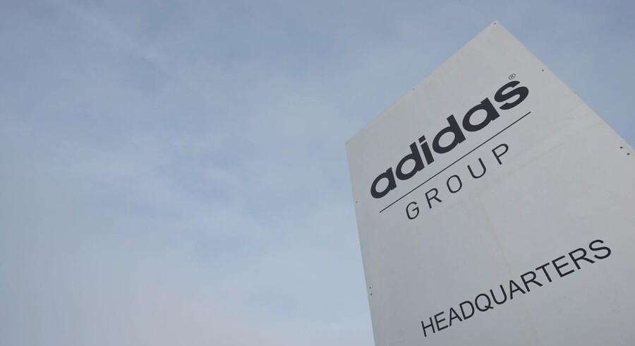 Adidas har igen været på kollisionskurs med Puma, selv om de to koncerner er grundlagt af brødre. / AFP / LUKAS BARTH