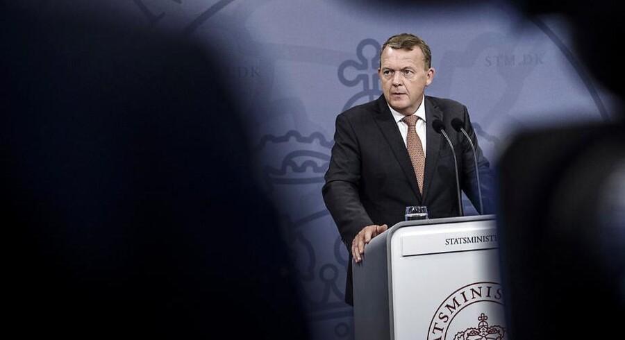 Statsminister Lars Løkke Rasmussen præsenterer regeringens helhedsplan.
