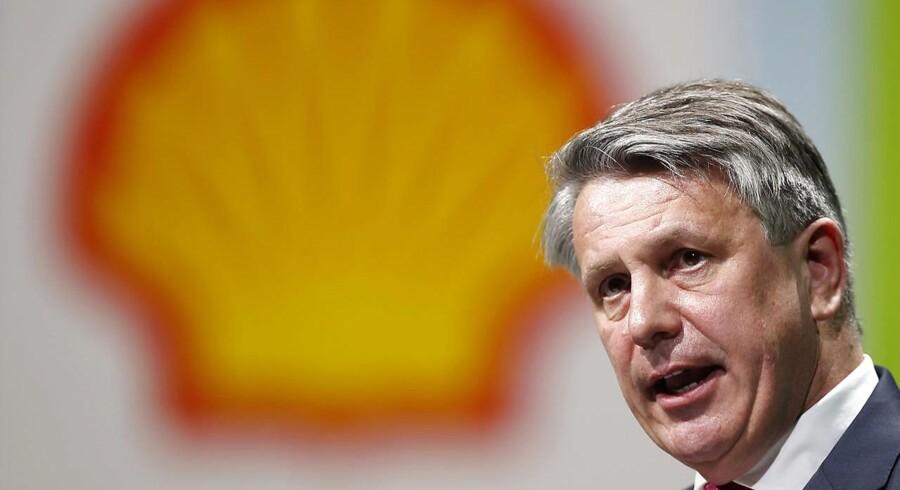 Shells topchef, Ben van Beurden, udtrykker bekymring for kontroversiel olieaftale i Nigeria.