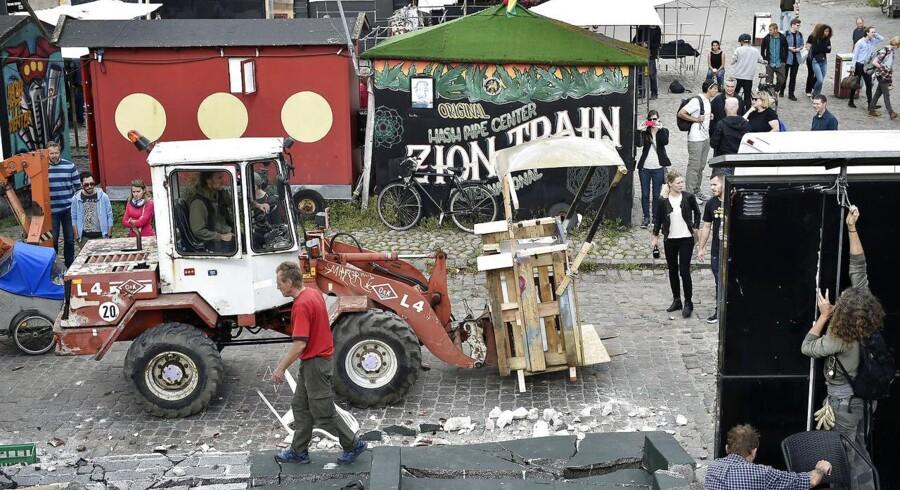 Christianitterne vælter Pusher Street. Et tredobbelt drabsforsøg blev i efteråret dråben, der fik bægeret til at flyde over for christianitterne. (Arkivfoto)