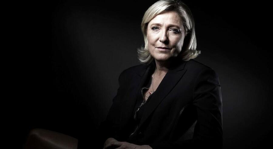 Kun præsidentkandidaten fra Frankrigs traditionelle borgerlige højrefløj ser ud til at kunne stoppe Front Nationals Marine Le Pen.