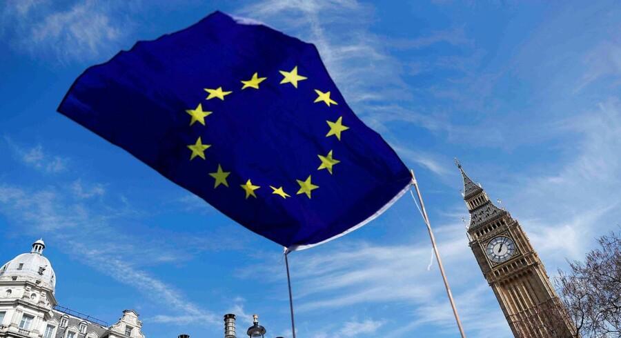Brexit blev »glemt« under den britiske valgkamp, der i høj grad handlede om offentlige lønninger og terror. Det mener eksperter.