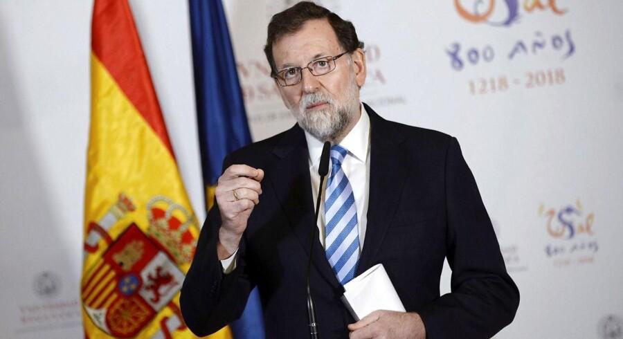 Arkivfoto. Spaniens premierminister, Mariano Rajoy, rettede søndag en indtrængende opfordring til virksomheder og erhvervsledere i Catalonien om ikke at forlade regionen.