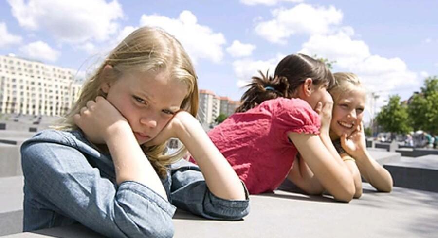 Det bedste våben i kampen mod mobning er et tæt samarbejde mellem skole og hjem, samt at skolerne får nedfældet den antimobbestrategi, som har været lovpligtig siden 2009, mener formanden for Skole og Forældre, Mette With Hagensen. Free/Www.colourbox.com