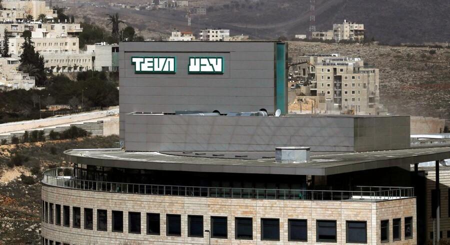 Medicinalgiganten Teva bliver slagtet på den amerikanske børs i kølvandet af katastrofe-regnskab.