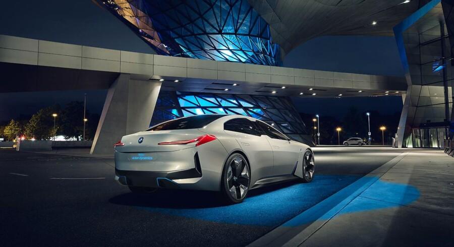 Fra BMW's underbrand BMW i kommer denne kompakte sedan, sandsynligvis en elbil, når den går i produktion