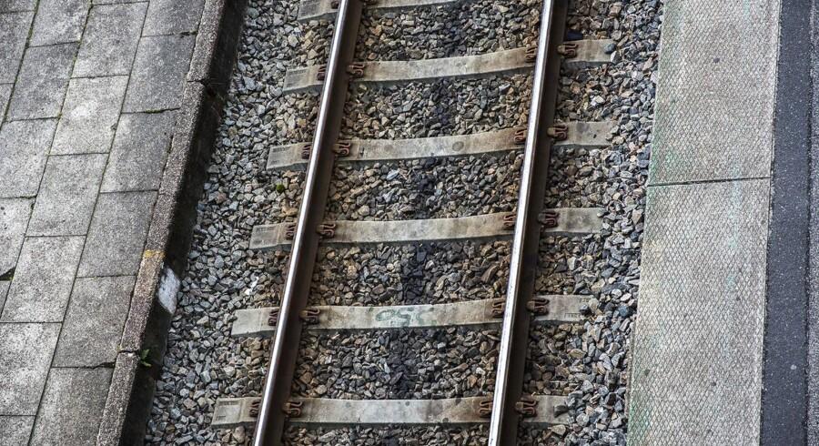En togulykke har fundet sted ved Milano i Italien. Mindst to er dræbt, og 10 er alvorligt såret.