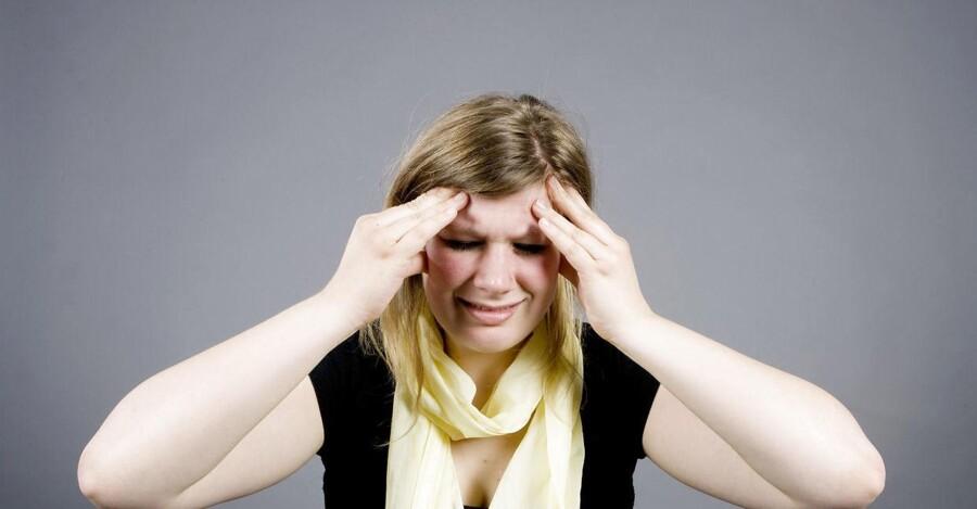 Svær hovedpine er blandt de faresignaler, man skal være opmærksom på.