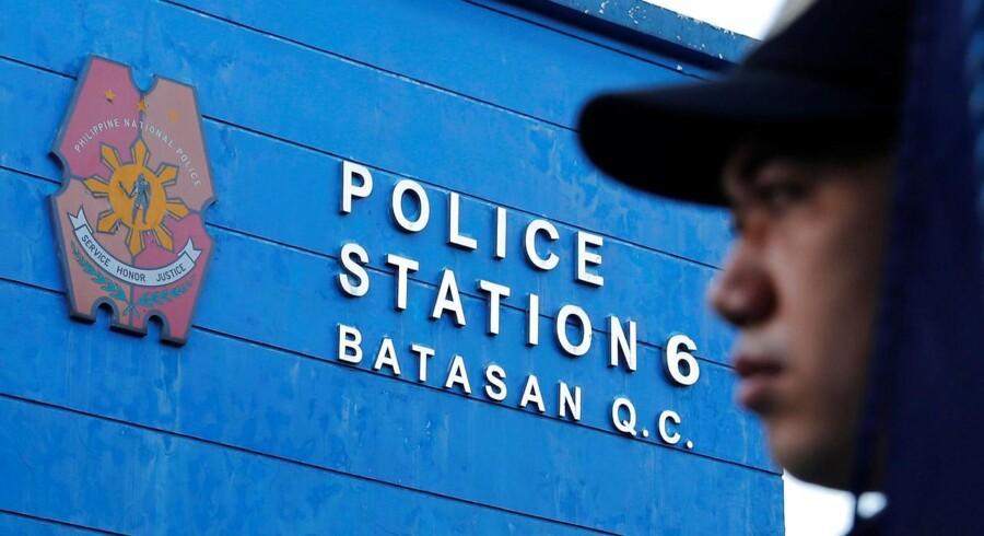 Arkivfoto. En bus kørte tirsdag i en kløft syd for hovedstaden Manila. 19 blev dræbt og 17 såret, oplyser politiet.