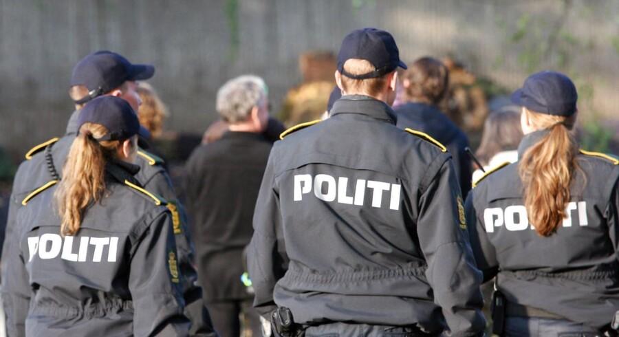 En 22-årig mand med banderelationer blev lørdag påkørt i det centrale Aarhus.