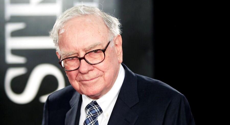 »Oraklet fra Omaha«, den 86-årige Warren Buffet og mangeårige leder af Berkshire Hathaway, har næsten 100 milliarder dollar liggende, der bare venter på at blive investeret.