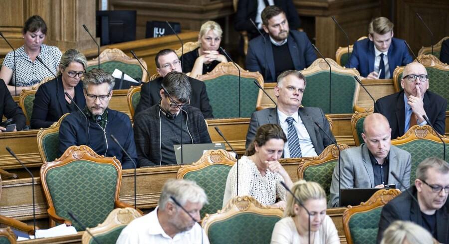 Stribevis af lokalpolitikere hopper væk fra deres parti (Foto: Ida Guldbæk Arentsen/Scanpix 2017)
