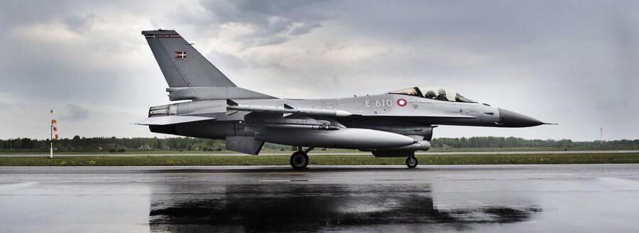 Hvis danske bombefly indsættes i kampen mod IS, kan det øge risikoen for terror, siger ekspert.