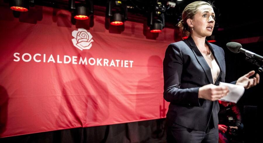 Socialdemokratiets formand Mette Frederiksen fejrer et stærkt resultat for liste A ved partiets valgfest i Amager Bio i København.