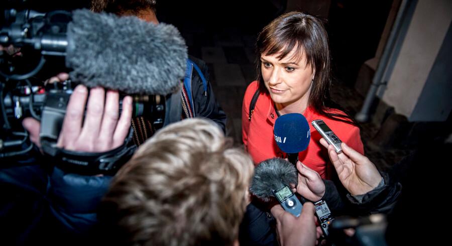 Innovationsminister Sophie Løhde forlader forhandlingerne i Forligsinstitutionen på Sankt Annæ Plads i København, onsdag den 18. april 2018. Forhandlingerne startede klokken 10:00 tirsdag formiddag og kan trække ud længe endnu.. (Foto: Mads Claus Rasmussen/Ritzau Scanpix)