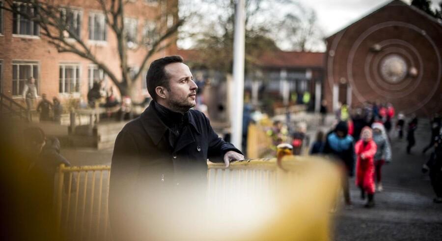 Skoleleder Sune Schnack Rasmussen fra Holbergskolen i København oplever meget stor forskel på top og bund, når børnene starter i skole