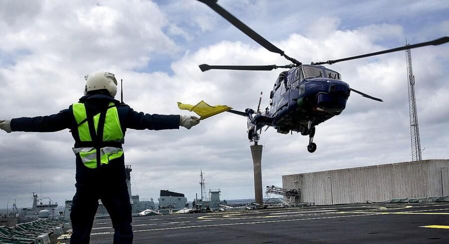 En større eftersøgning er iværksat af Søværnet, nord for Bornholm. Der foreligger ikke information om hvad målet for søgningen er.