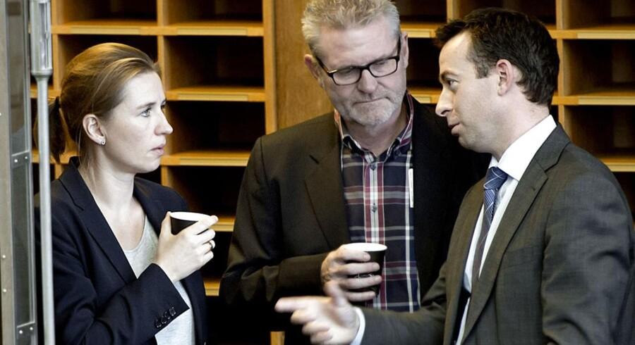Folketingsmedlem Jan Johansen (I midten) er ikke overrasket over, at fagforeningen 3F ikke længere kan støtte regeringen. Vi svigter vælgerne, erkender han.