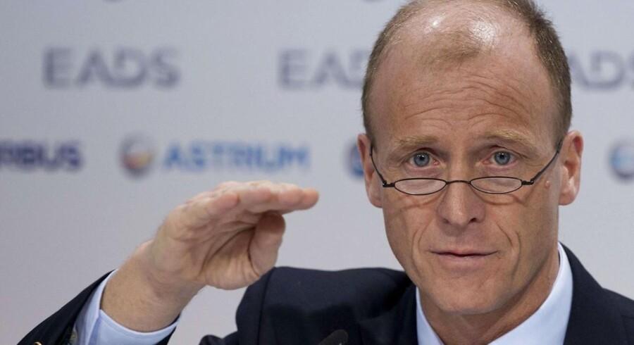 EADS-chefen Tom Enders skærer dybt i staben for at holde Airbus-fabrikanten på ret køl.