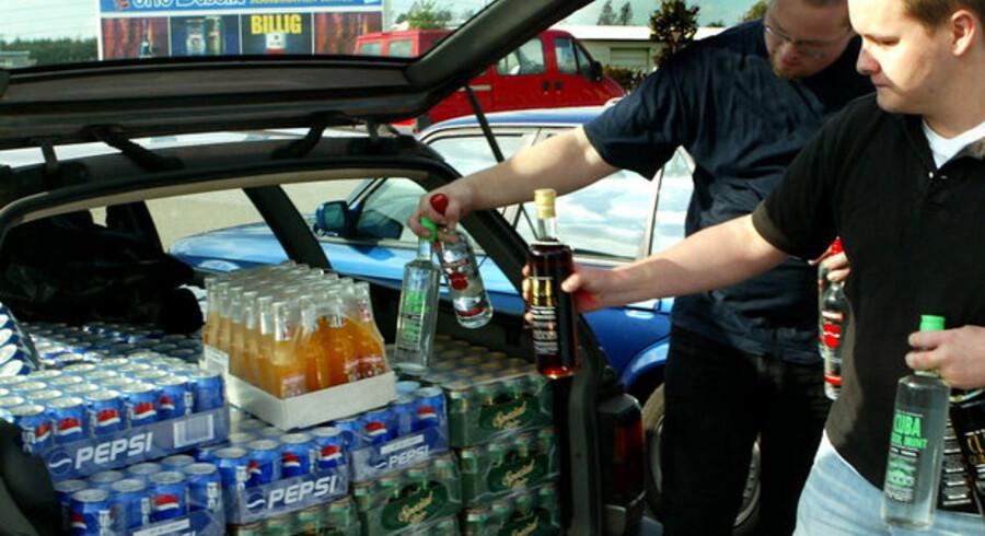 Man vurderer, at der hvert år sælges 80 millioner liter øl i grænsehandlen, men i bryggerikredse og blandt købmænd tales der, ifølge Jyllands-Posten, om at den reelle grænsehandel er mellem to og tre gange større.