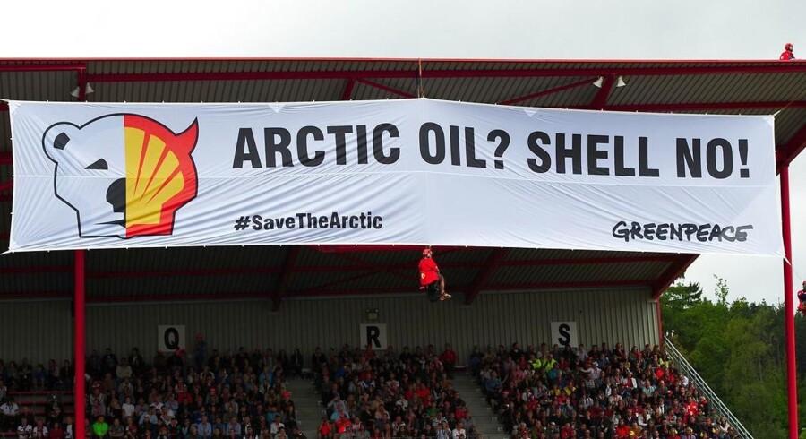 Forleden var det Formel 1 løbet på Spa-banen i Belgien, der fik uanmeldt besøg af Greenpeace og kampagnen mod olieeftersøgning i Arktis.