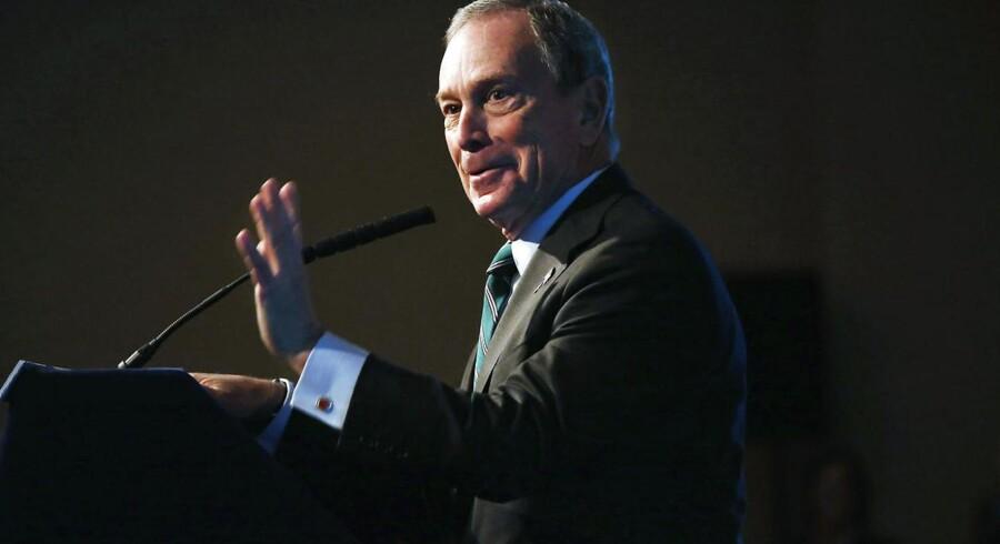 New Yorks borgmester Michael Bloomberg er den hovedrige ejer af nyhedsbureauet Bloomberg, og han menes at være interesseret i at overtage Financial Times.