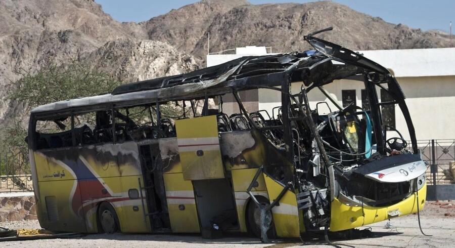 Et angreb på en turistbus 16. februar