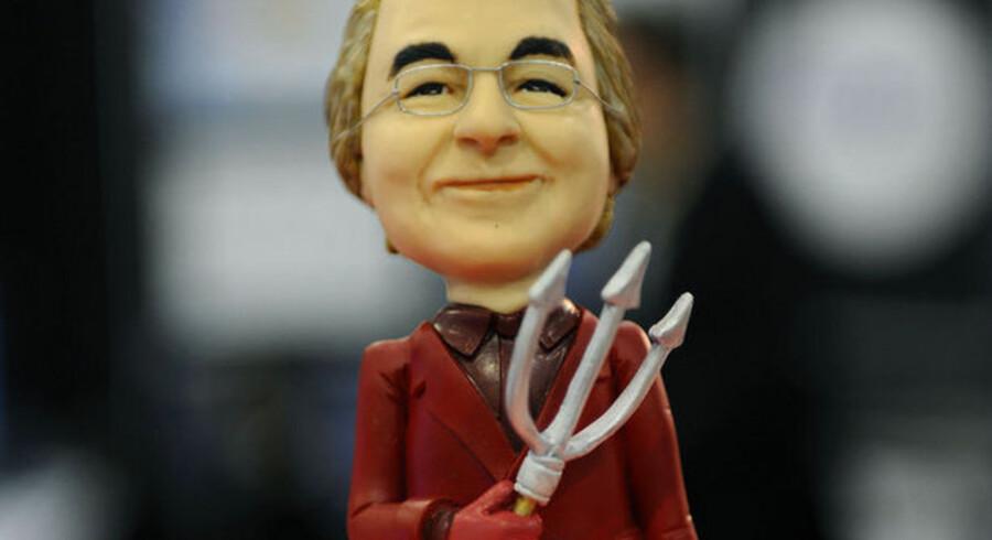 Før var han en højt respekteret investeringsekspert - nu er Bernard Madoff genstand for latterliggørelse. Nu kan man f.eks. få ham som djævlefigur.