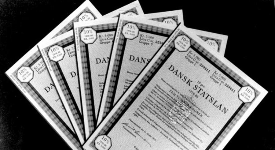 Mens aktiehandlen fortsat lider af eftervirkningerne af finanskrisen, så er handlen med danske obligationer eksploderet.