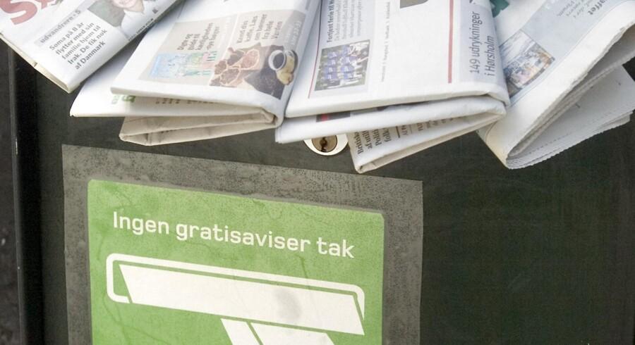 Professor i medieledelse på International Center for Business and Politics på CBS, Anker Brink Lund, mener, at fremtidens trykte nyhedsmedie skal findes i ugeaviserne. Han opfordrer lokale bladhuse til at skære ned på dagbladene i fremtiden og fokusere mere på ugeaviserne.