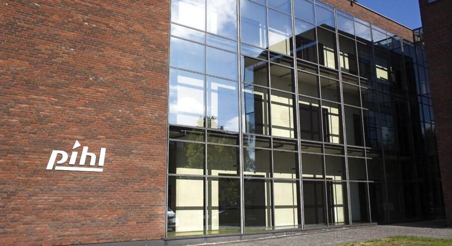 Pihl & Søn, der blev stiftet i 1887, måtte efter flere redningsforsøg og kapitalforhøjelser i august opgive med at forsætte