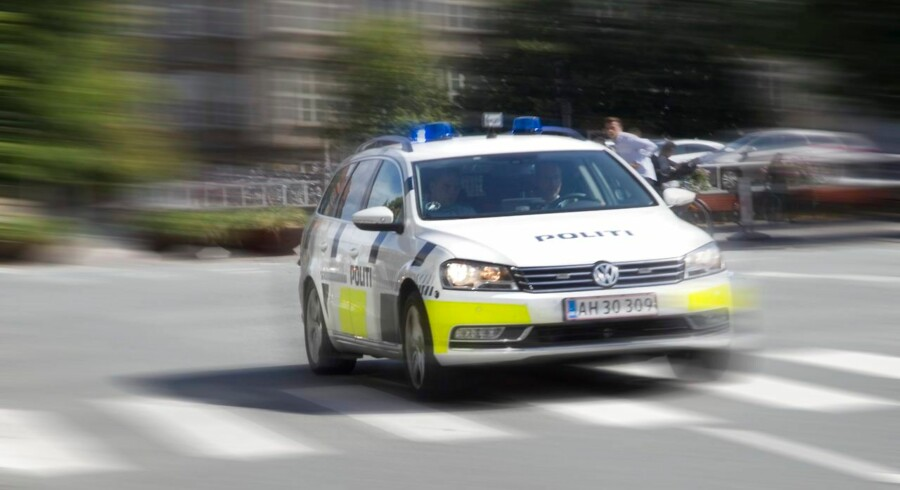 politibil, udrykning, politi